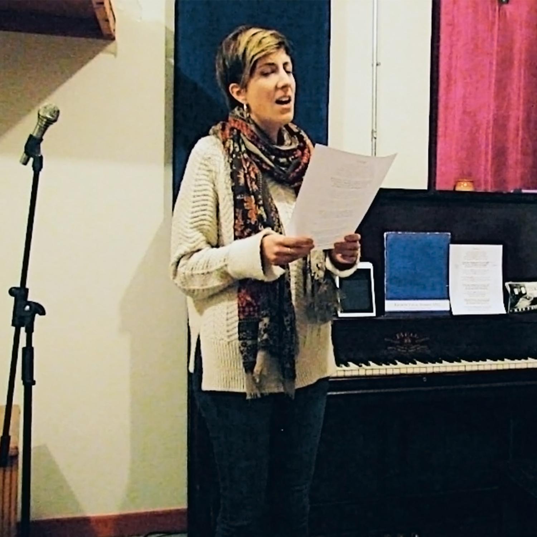 Mon élève, Charlène, est en train de chanter